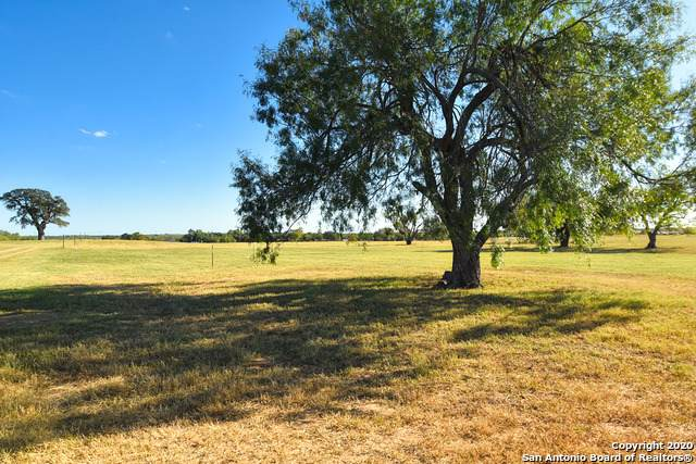 LOT 5 E St, Floresville, TX 78114 (MLS #1494419) :: Vivid Realty