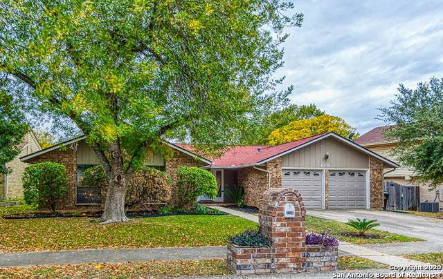 6230 Stirrup Ln, San Antonio, TX 78240 (MLS #1494513) :: Carolina Garcia Real Estate Group