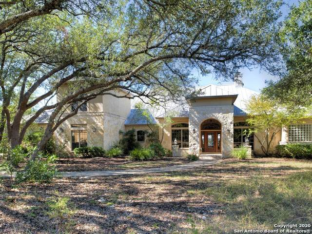 108 Greystone Pt, Boerne, TX 78006 (#1494839) :: The Perry Henderson Group at Berkshire Hathaway Texas Realty