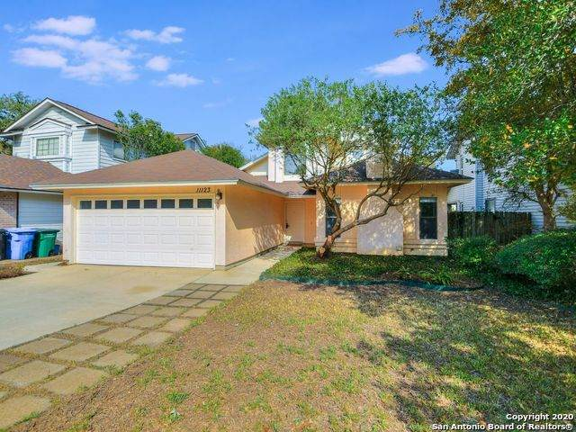 11123 Moonlit Park, San Antonio, TX 78249 (#1494917) :: The Perry Henderson Group at Berkshire Hathaway Texas Realty