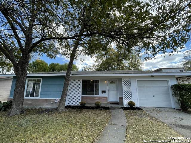 622 Edgebrook Ln, San Antonio, TX 78213 (MLS #1494935) :: The Glover Homes & Land Group