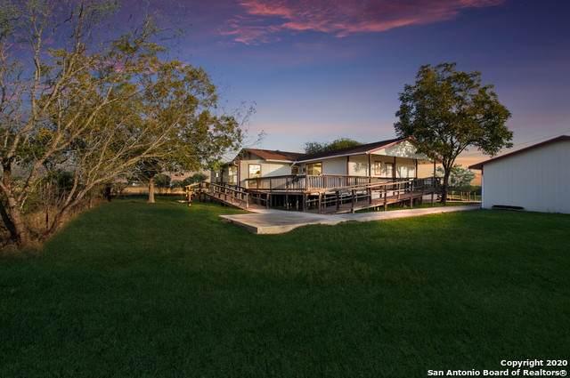 1236 County Road 7611, Devine, TX 78016 (MLS #1495051) :: EXP Realty