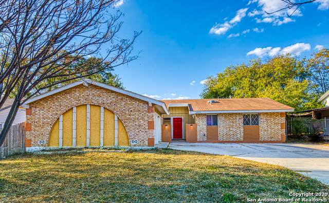 4239 Bayliss St, San Antonio, TX 78233 (MLS #1495330) :: Carolina Garcia Real Estate Group