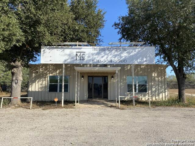 2688 E Business Interstate 35, Pearsall, TX 78061 (MLS #1495528) :: NewHomePrograms.com LLC