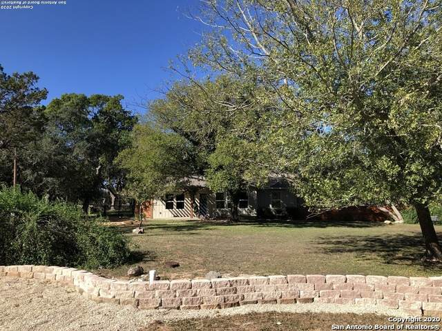 108 Dove Ct W, Boerne, TX 78006 (MLS #1495584) :: Alexis Weigand Real Estate Group