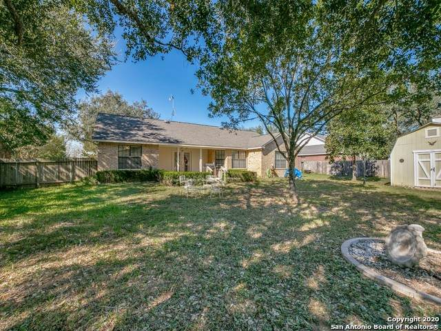 126 Woodland Dr, Pleasanton, TX 78064 (MLS #1495709) :: Carolina Garcia Real Estate Group