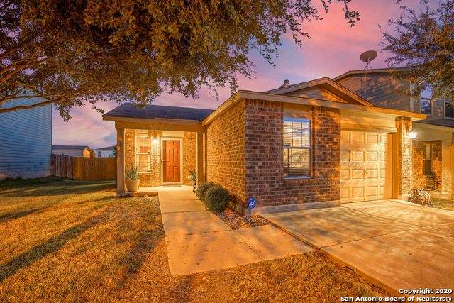 205 Hinge Path, Cibolo, TX 78108 (#1495912) :: The Perry Henderson Group at Berkshire Hathaway Texas Realty