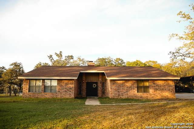 1860 Deer Trail, Floresville, TX 78114 (MLS #1496036) :: Vivid Realty