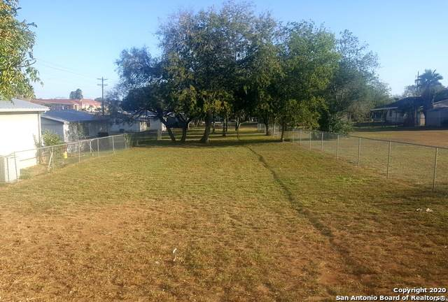 NOT ASSIGNED C & D Street, Floresville, TX 78114 (MLS #1496059) :: Vivid Realty