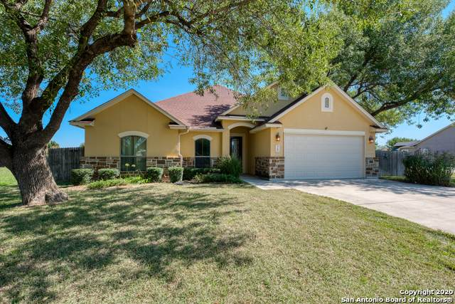 15606 Dell Ln, Selma, TX 78154 (MLS #1496111) :: Vivid Realty