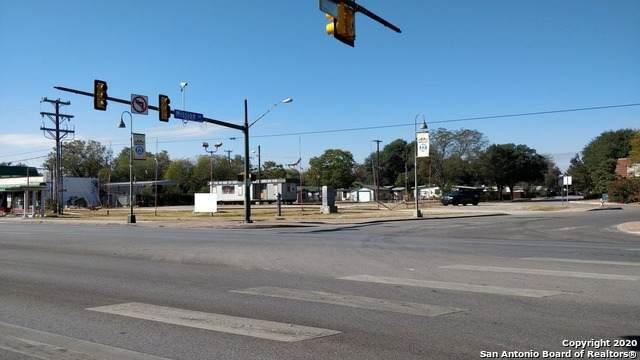 3211 Roosevelt Ave, San Antonio, TX 78214 (MLS #1496131) :: The Glover Homes & Land Group
