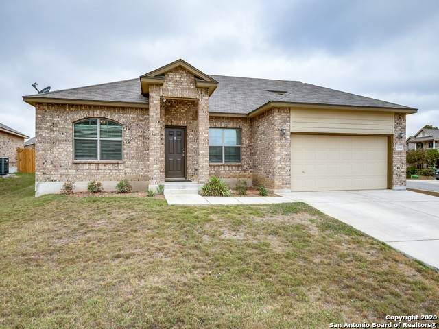 1804 Strawcove, New Braunfels, TX 78130 (MLS #1496215) :: Alexis Weigand Real Estate Group
