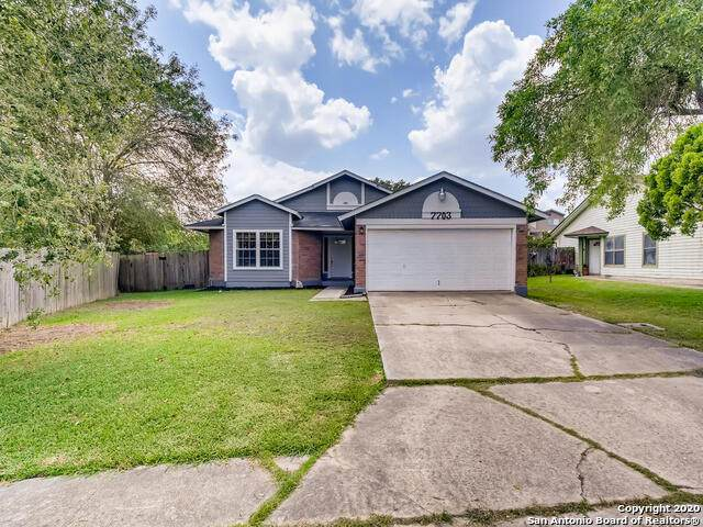 7703 Rainfall Ridge Dr, San Antonio, TX 78239 (MLS #1496223) :: The Gradiz Group