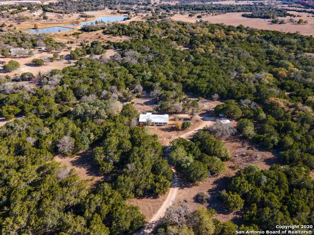 835 Stevens Ranch Rd, Bandera, TX 78003 (MLS #1496289) :: The Castillo Group