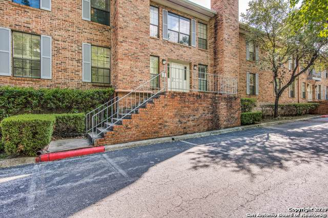 5359 Fredericksburg Rd #305, San Antonio, TX 78229 (#1496382) :: The Perry Henderson Group at Berkshire Hathaway Texas Realty