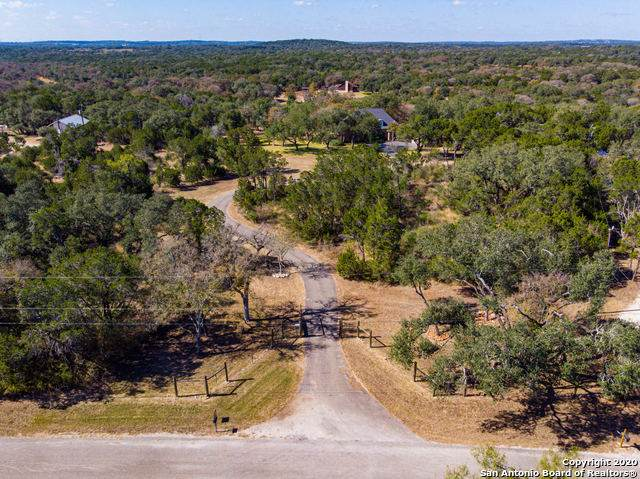 25027 Cedar Creek Dr, New Braunfels, TX 78132 (MLS #1496395) :: Maverick