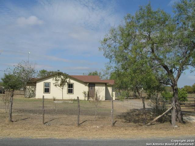 14685 Touchstone Rd, Atascosa, TX 78002 (MLS #1496617) :: The Gradiz Group