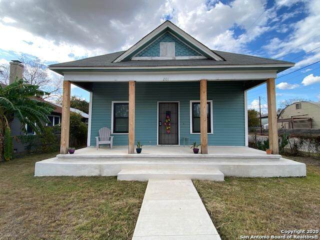 201 Hunstock Ave, San Antonio, TX 78210 (MLS #1496683) :: Carolina Garcia Real Estate Group