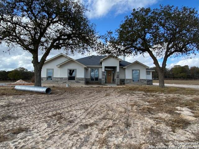 109 N Tranquility Dr, La Vernia, TX 78121 (MLS #1497060) :: The Castillo Group
