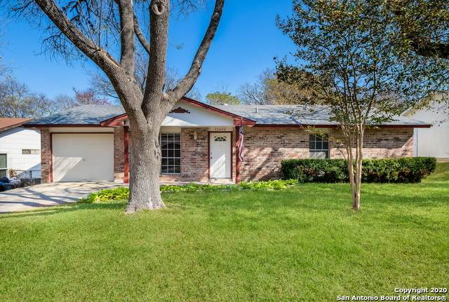 12406 Trailing Oaks St, Live Oak, TX 78233 (MLS #1497175) :: BHGRE HomeCity San Antonio