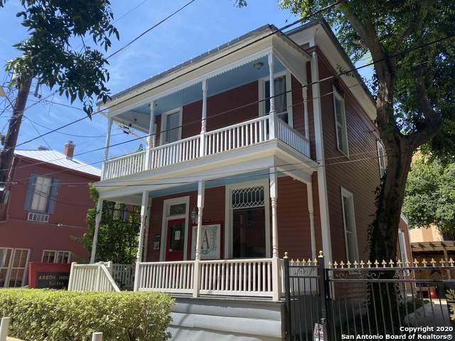109 Arciniega St - Photo 1