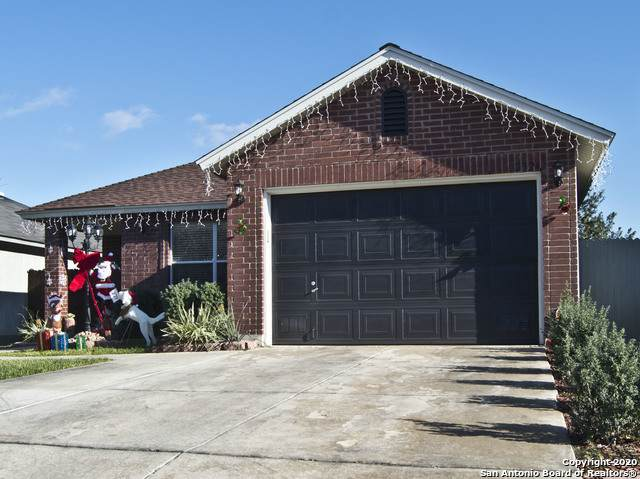 2324 Paddle Crk, San Antonio, TX 78245 (MLS #1497338) :: Vivid Realty
