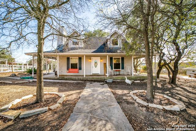 130 Gray Oaks, Helotes, TX 78023 (MLS #1497642) :: Concierge Realty of SA