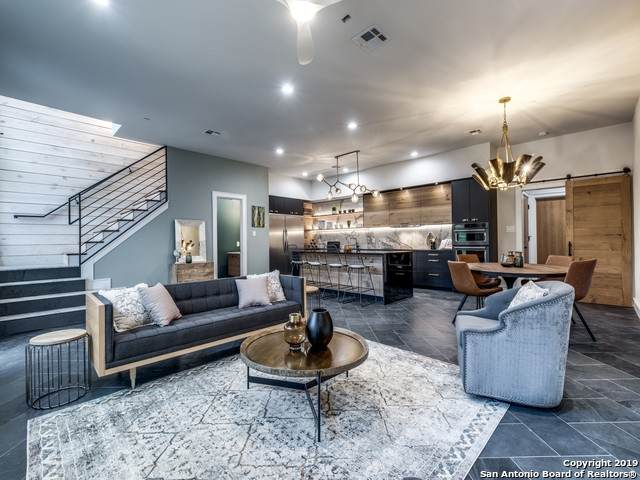 310 Clay St, Residence 4, San Antonio, TX 78204 (#1497664) :: The Perry Henderson Group at Berkshire Hathaway Texas Realty