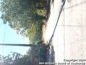 826 Perez St, San Antonio, TX 78207 (#1497687) :: The Perry Henderson Group at Berkshire Hathaway Texas Realty