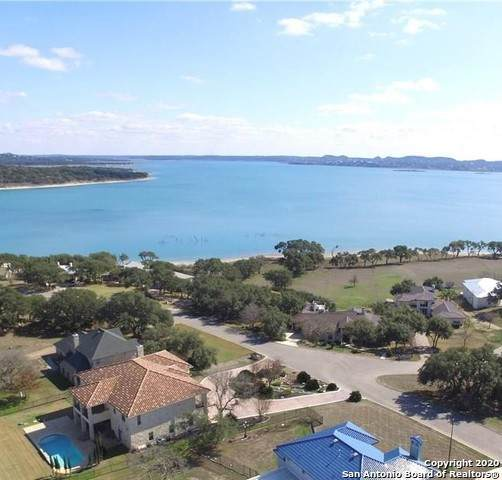 891 Kings Point Dr, Canyon Lake, TX 78133 (MLS #1497814) :: Alexis Weigand Real Estate Group