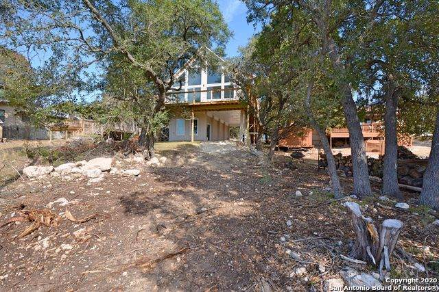 1952 Canyon Lake Dr, Canyon Lake, TX 78133 (MLS #1497958) :: Alexis Weigand Real Estate Group