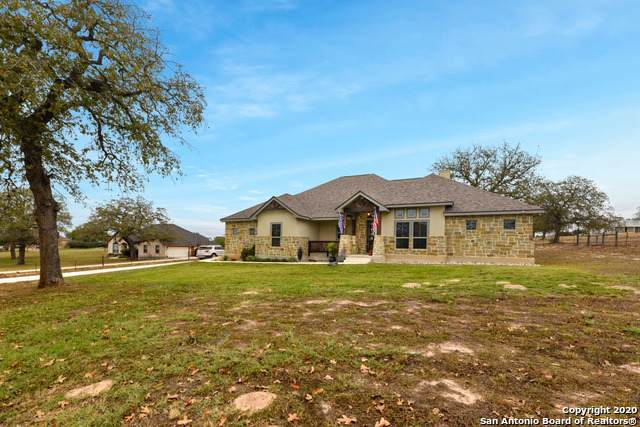 1433 Country Hills Dr, La Vernia, TX 78121 (MLS #1497959) :: Alexis Weigand Real Estate Group