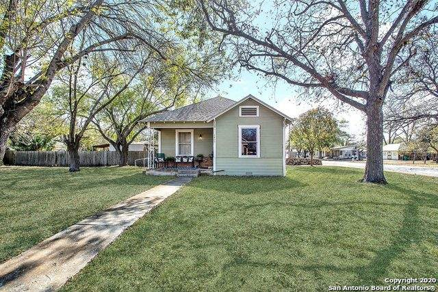1409 21st St, Hondo, TX 78861 (MLS #1498051) :: Alexis Weigand Real Estate Group