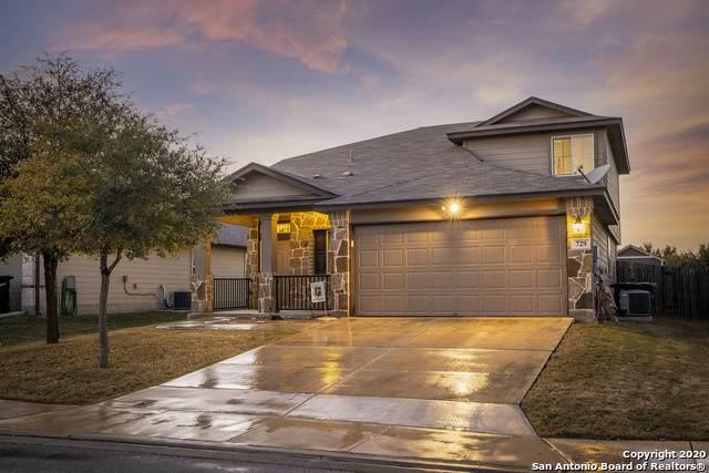729 Great Oaks Dr, New Braunfels, TX 78130 (MLS #1498058) :: The Castillo Group