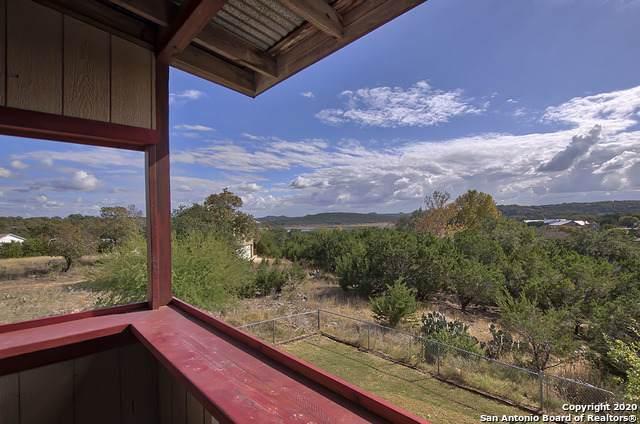 1136 Eagle Flight Dr, Canyon Lake, TX 78133 (MLS #1498067) :: Real Estate by Design