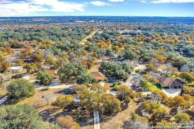 219 W Ridgeway, Somerset, TX 78069 (MLS #1498096) :: Santos and Sandberg