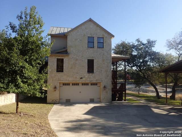1323 Pebble Beach Rd, Lakehills, TX 78063 (MLS #1498249) :: Keller Williams City View