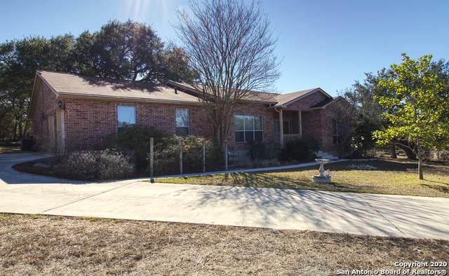 283 Silver Springs, Helotes, TX 78023 (MLS #1498297) :: Real Estate by Design