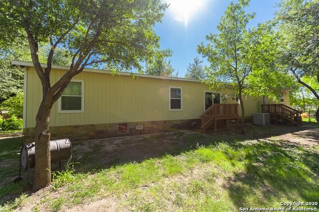 839 Paso Hondo, San Antonio, TX 78202 (MLS #1498343) :: Tom White Group
