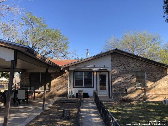 401 S 12th St, Carrizo Springs, TX 78834 (MLS #1498543) :: The Mullen Group | RE/MAX Access