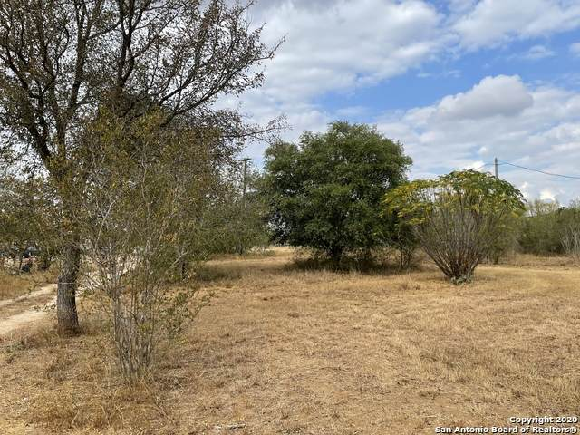 000 Ih 35, Moore, TX 78057 (MLS #1498612) :: Tom White Group