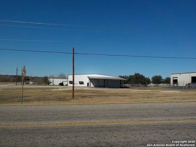 1900 E Us Highway 90, Seguin, TX 78155 (MLS #1498726) :: Real Estate by Design