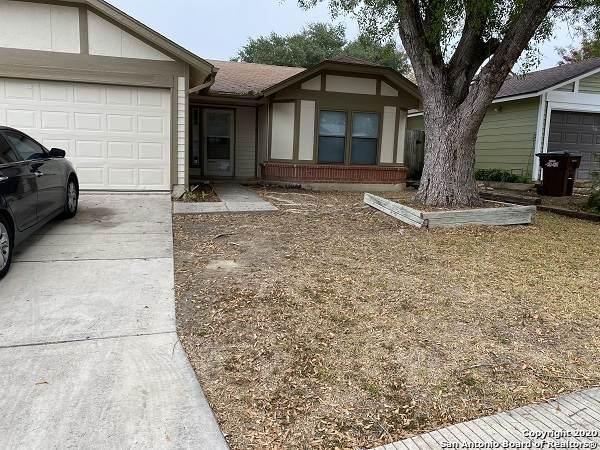 7915 Wayword Trail, San Antonio, TX 78244 (MLS #1498854) :: The Gradiz Group