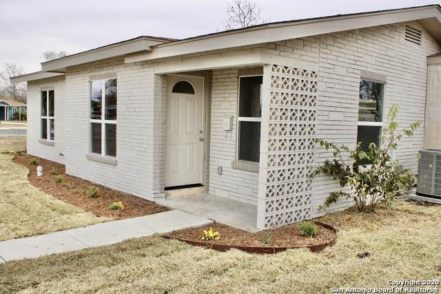 126 Pickwell Dr, San Antonio, TX 78223 (MLS #1500410) :: Williams Realty & Ranches, LLC