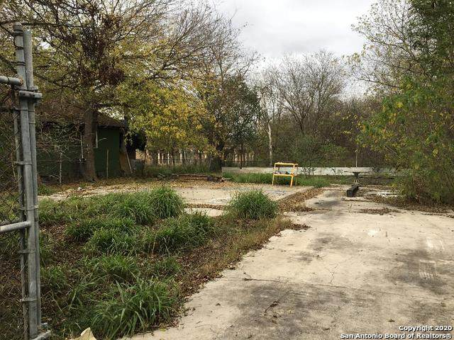1014 Grand Alley, San Antonio, TX 78207 (MLS #1500677) :: Alexis Weigand Real Estate Group