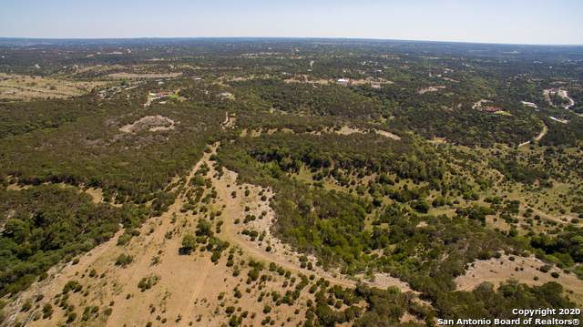 1249 Thompson Dr, Kerrville, TX 78028 (MLS #1500780) :: Vivid Realty