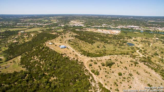 1249 Thompson Dr, Kerrville, TX 78028 (MLS #1500785) :: Vivid Realty