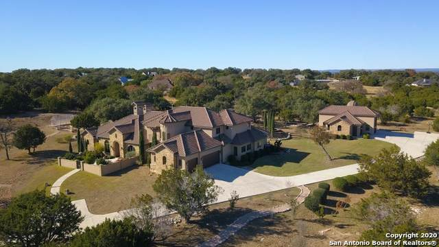 104 Falcon Crest, Boerne, TX 78006 (#1500837) :: The Perry Henderson Group at Berkshire Hathaway Texas Realty