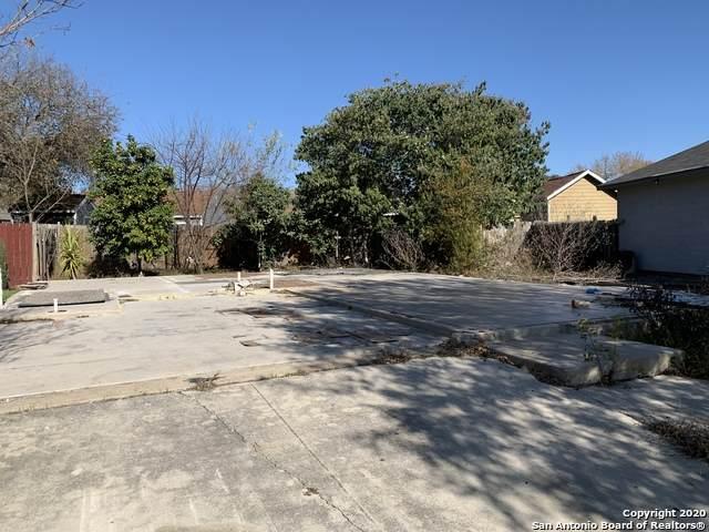 10235 Barron Field, San Antonio, TX 78245 (MLS #1500857) :: Keller Williams City View