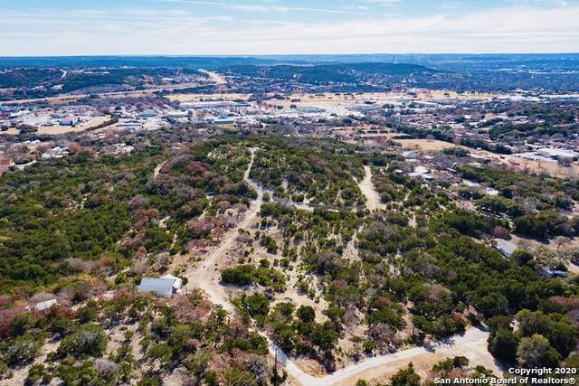 301 Mathison St N, Kerrville, TX 78028 (MLS #1500883) :: 2Halls Property Team | Berkshire Hathaway HomeServices PenFed Realty